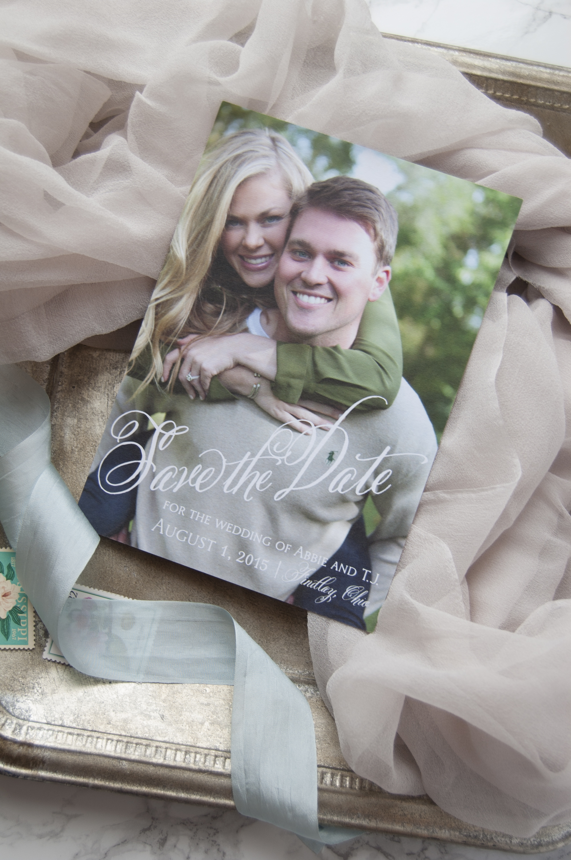 Classic Country Club Wedding | Meg Morrow Fine Paper