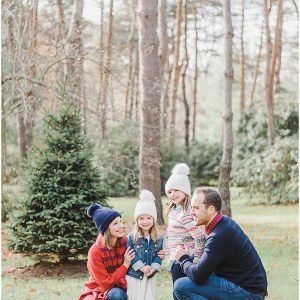 5 Tips for Planning Your Holiday Photo Outfits